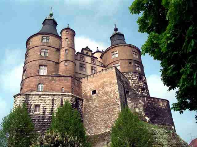chateau a vendre pour un euro symbolique