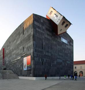[Inspiration construction] Maisons réelles et réellement insolites 2009021615503257