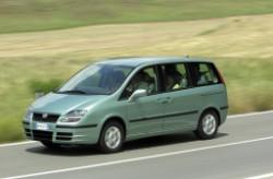 Fiat Ulysses famille 2.jpg