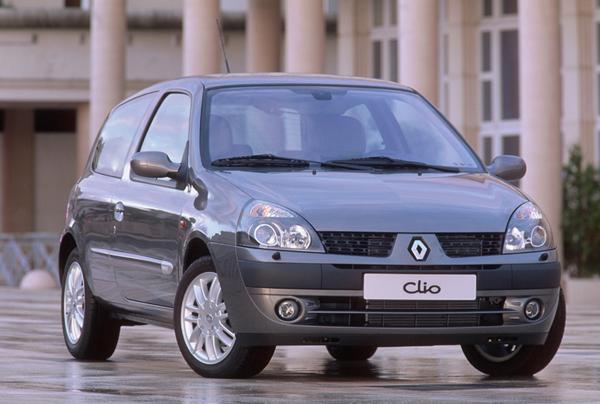 Super Essai Renault Clio II phase 2 2001 : bien mieux qu'un simple restylage MM46