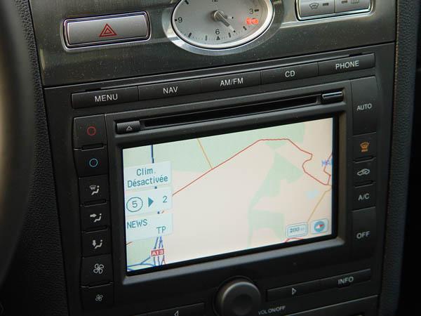 Essai Ford Mondeo 2.2 TDCi Titanium 2004 (5)