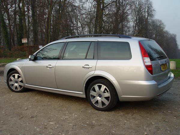 Essai Ford Mondeo 2.2 TDCi Titanium 2004 (1)