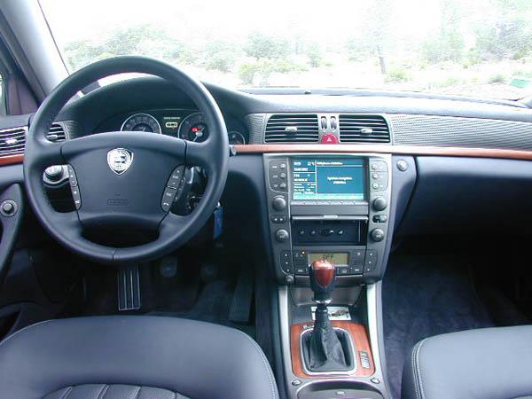 Essai Lancia Thesis 2002 (1)