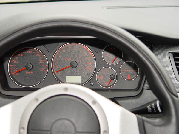 Essai Mitsubishi Lancer Evolution VIII 2004 (3)