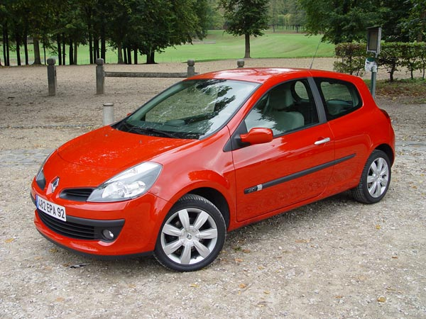 Essai Renault Clio Iii 1 5 Dci 105 Ch 2005 Hyperclio