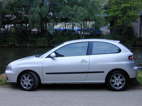 Essai Seat Ibiza 1.9 TDI 100 ch Sport 2002 (2)