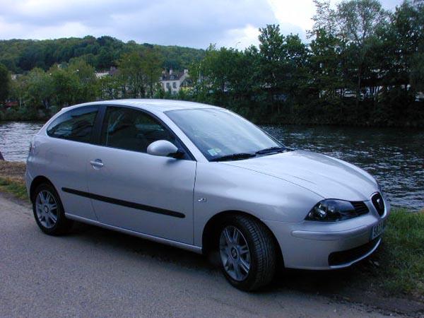 Essai Seat Ibiza 1.9 TDI 100 ch Sport 2002 (4)