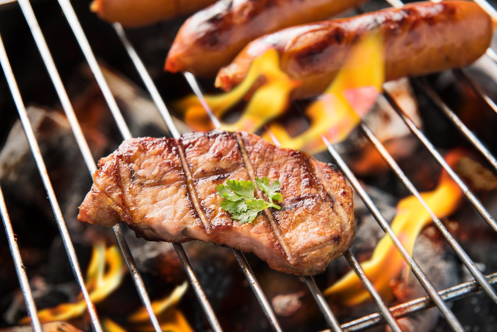 Enlever La Rouille Sur Une Grille De Barbecue comment bien choisir son barbecue ?
