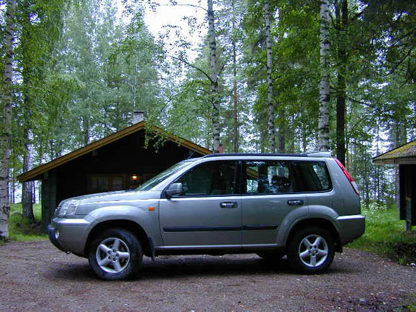 essai nissan x trail 2001 le 4x4 compact xxl. Black Bedroom Furniture Sets. Home Design Ideas
