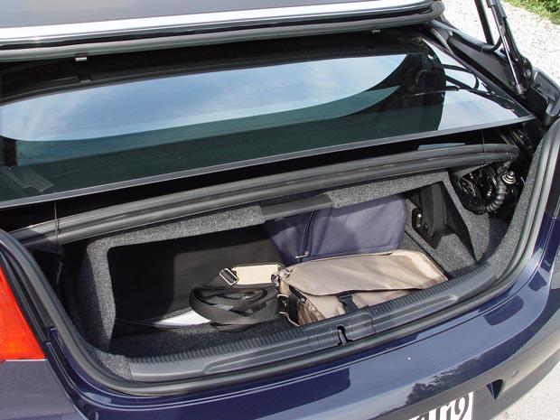 essai volkswagen eos 2006 le plus l gant des coup s cabriolets. Black Bedroom Furniture Sets. Home Design Ideas