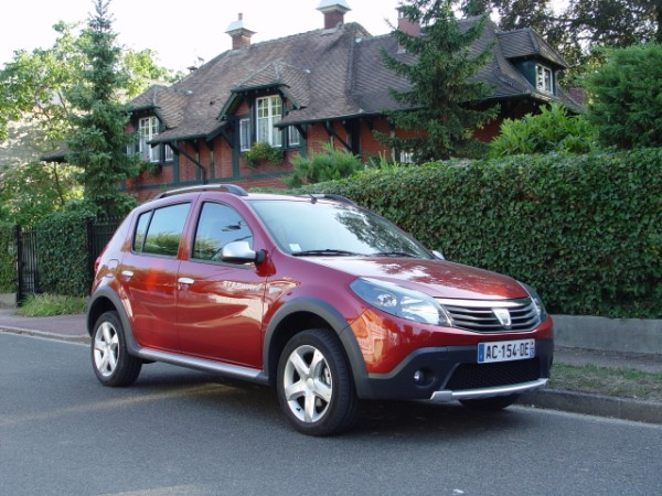 essai dacia sandero stepway 2009 relook e fa on suv. Black Bedroom Furniture Sets. Home Design Ideas