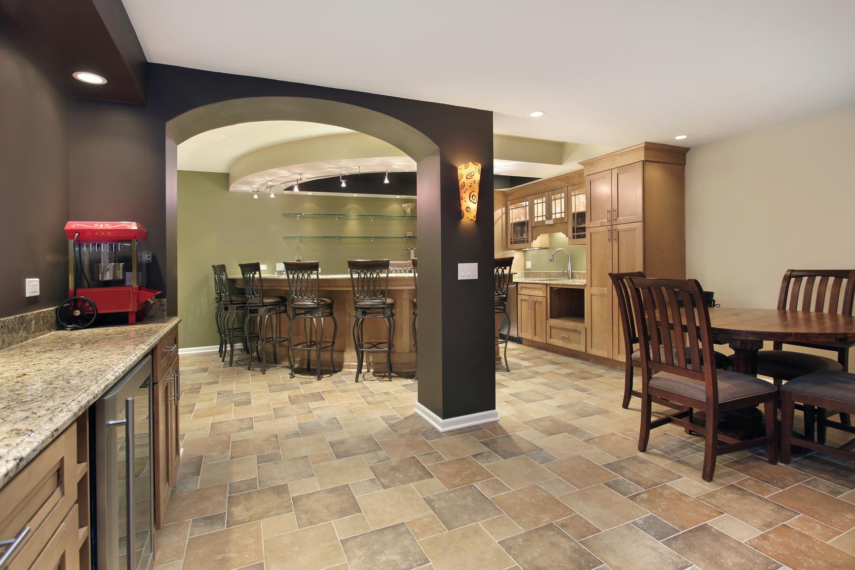 am nager son sous sol. Black Bedroom Furniture Sets. Home Design Ideas