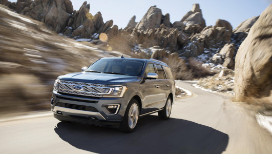 ford expedition 2018 un nouveau suv pour le constructeur am ricain. Black Bedroom Furniture Sets. Home Design Ideas