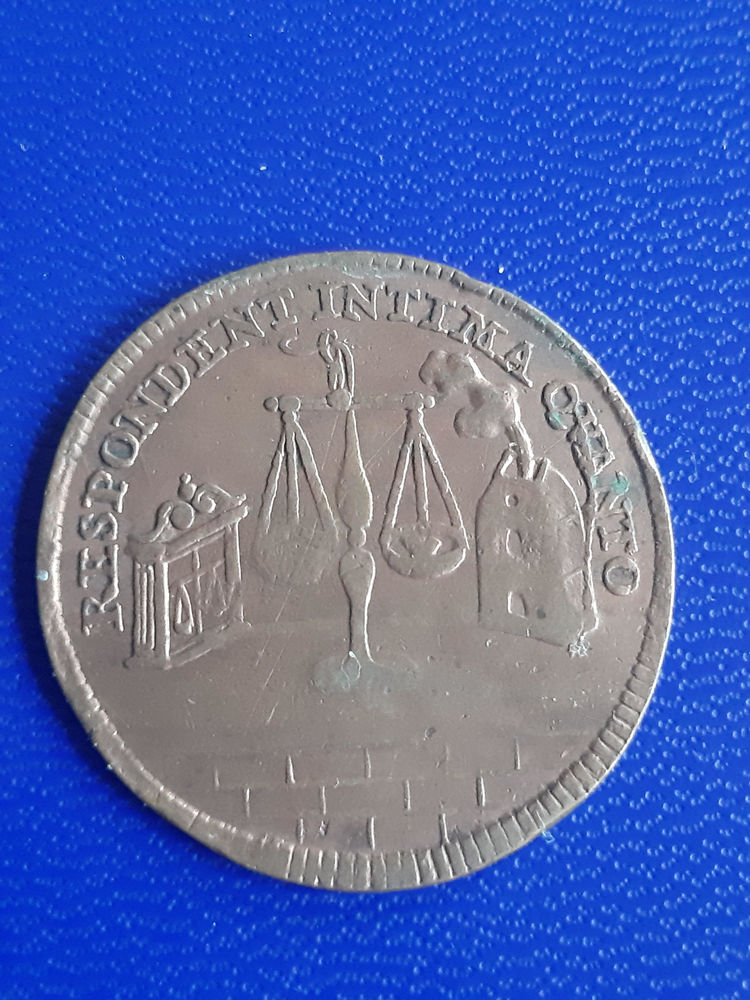 1677 jeton Paix de Nimvègue balance pigeon 19 Prats-de-Mollo-la-Preste (66)