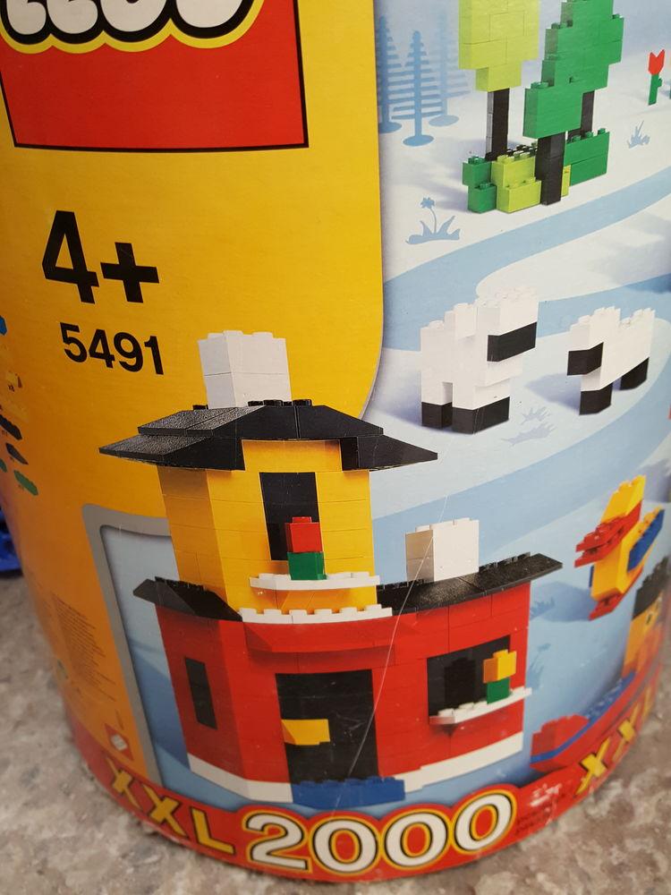 2000 pièces Lego 5491 65 Condat-sur-Vienne (87)