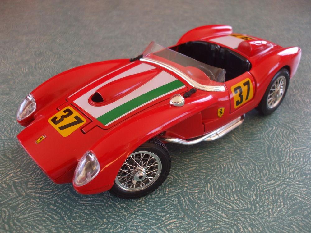 REF: 3007 FERRARI 250 TESTAROSSA ROUGE 1957 49 Ornaisons (11)