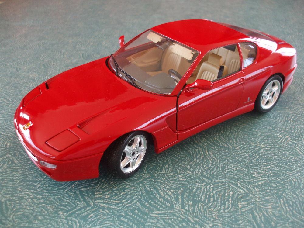 REF: 3046  FERRARI  456 GT  ROUGE  1992 30 Ornaisons (11)