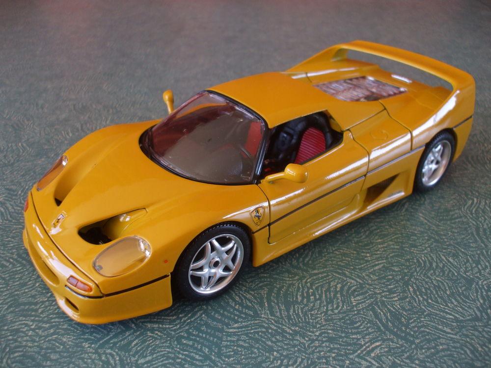 REF; 3382  FERRARI  F50  HARD-TOP  JAUNE  1995 39 Ornaisons (11)