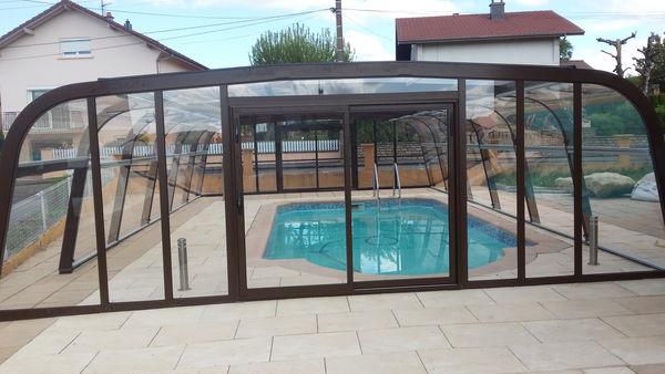 Achetez abri de piscine neuf revente cadeau annonce for Vendeur de piscine
