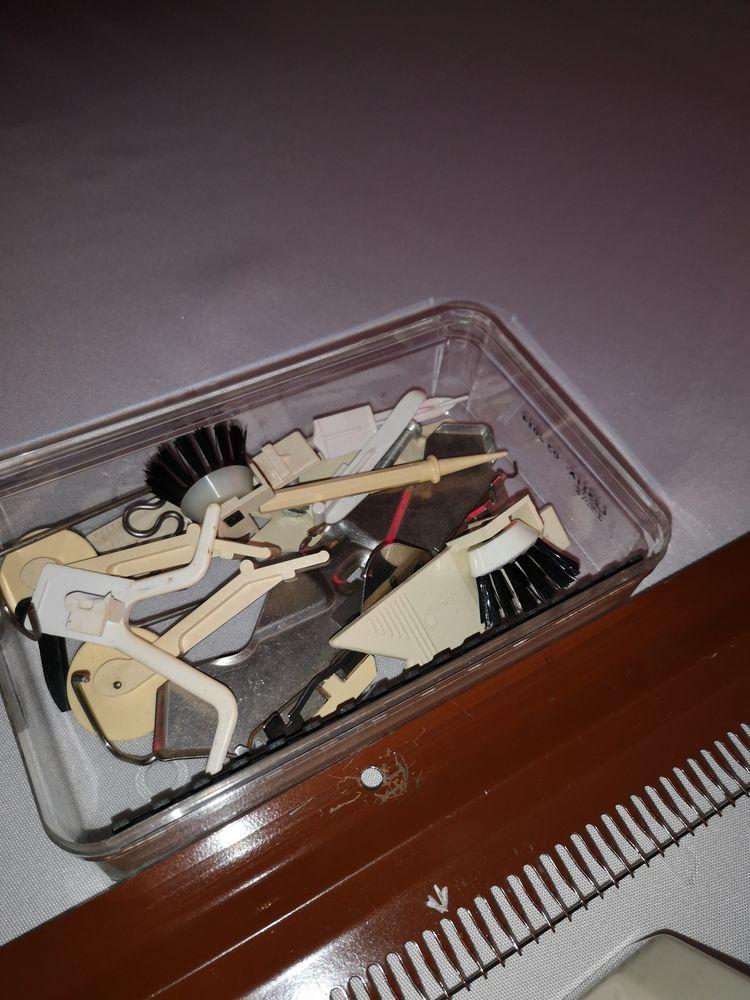 accessoires machines a tricoter singer 0 Romans-sur-Isère (26)