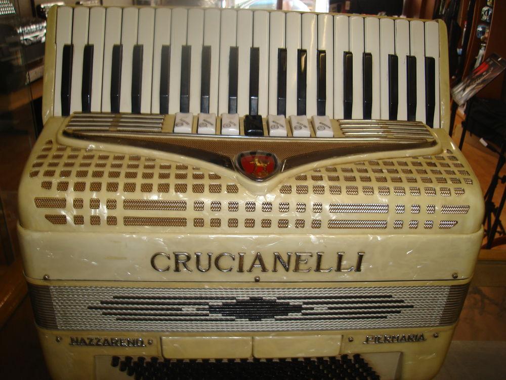 ACCORDEON PIANO CRUCIANELLI ITALIE 650 Oullins (69)