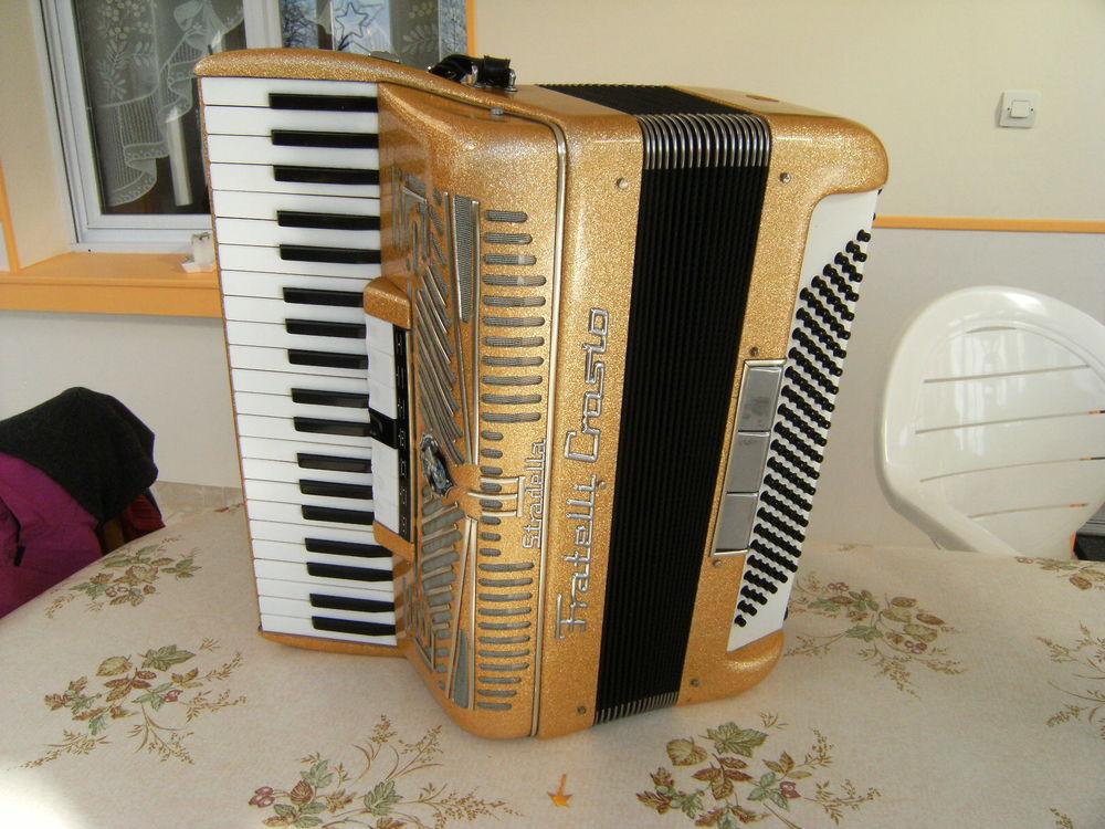 accordéon piano FRATELLI CROSIO 900 Charrais (86)