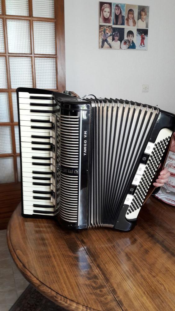 Accordéon piano HOHNER 700 La Valette-du-Var (83)