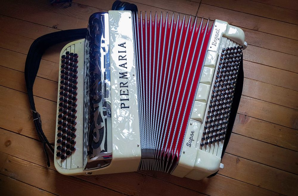 Accordéon Pierre Maria Super Regent 1990 Blois (41)