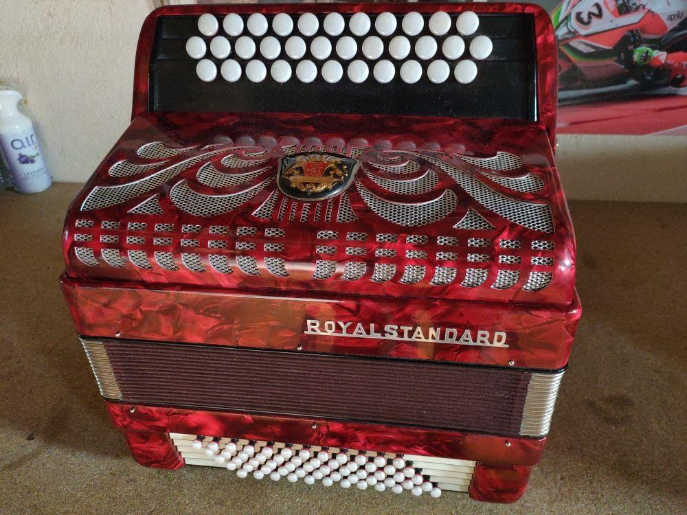accordéon Royal standard 500 Fréjus (83)
