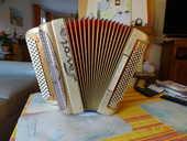 accordéon Savoïa 1800 Bouc-Bel-Air (13)