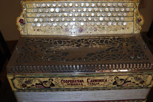 accordeon 2600 Biot (06)