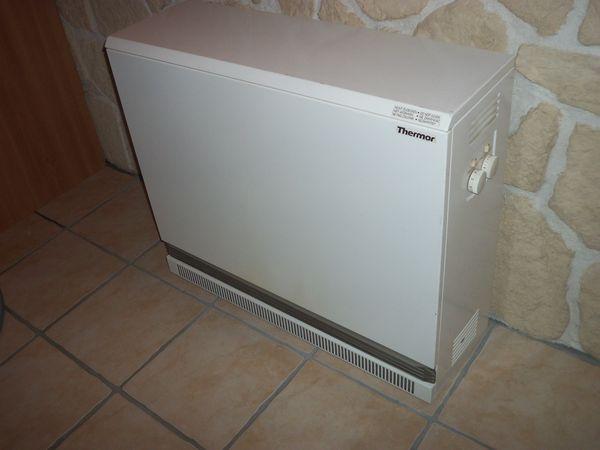 radiateurs occasion dans le finist re 29 annonces achat et vente de radiateurs paruvendu. Black Bedroom Furniture Sets. Home Design Ideas