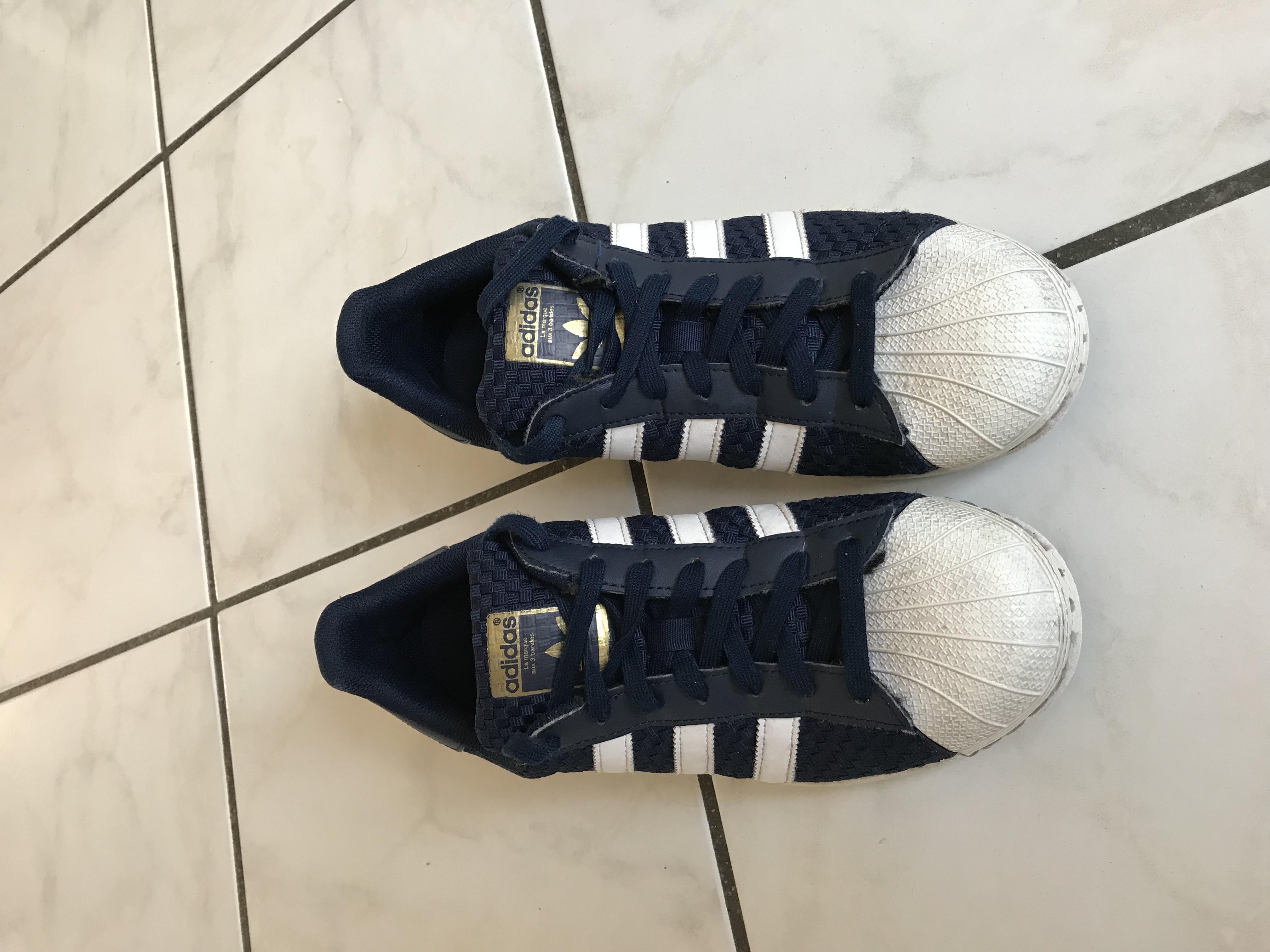 Adidas superstar ado -tres bon état Chaussures