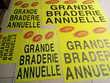 5 AFFICHES PUBLICITAIRES FLUO GRANDE BRADERIE ANNUELLE