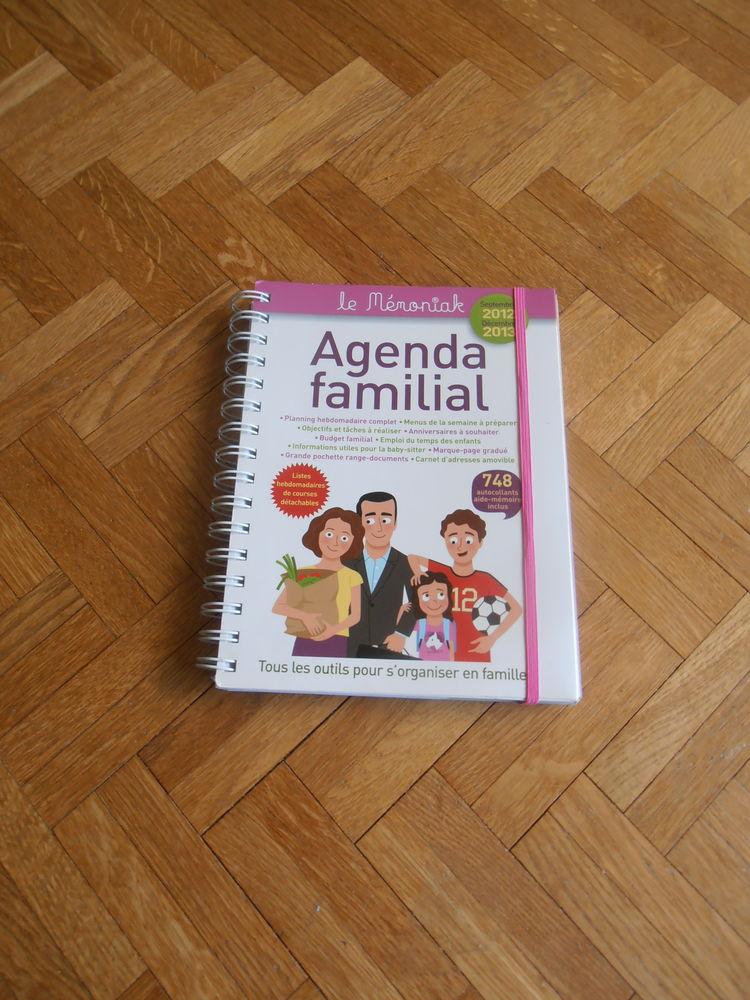 Agenda familial 2012-2013 (45) 5 Tours (37)