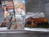2 VHS ,2 CD album et 2 cassettes audio d Héléne 25 Le Teilleul (50)