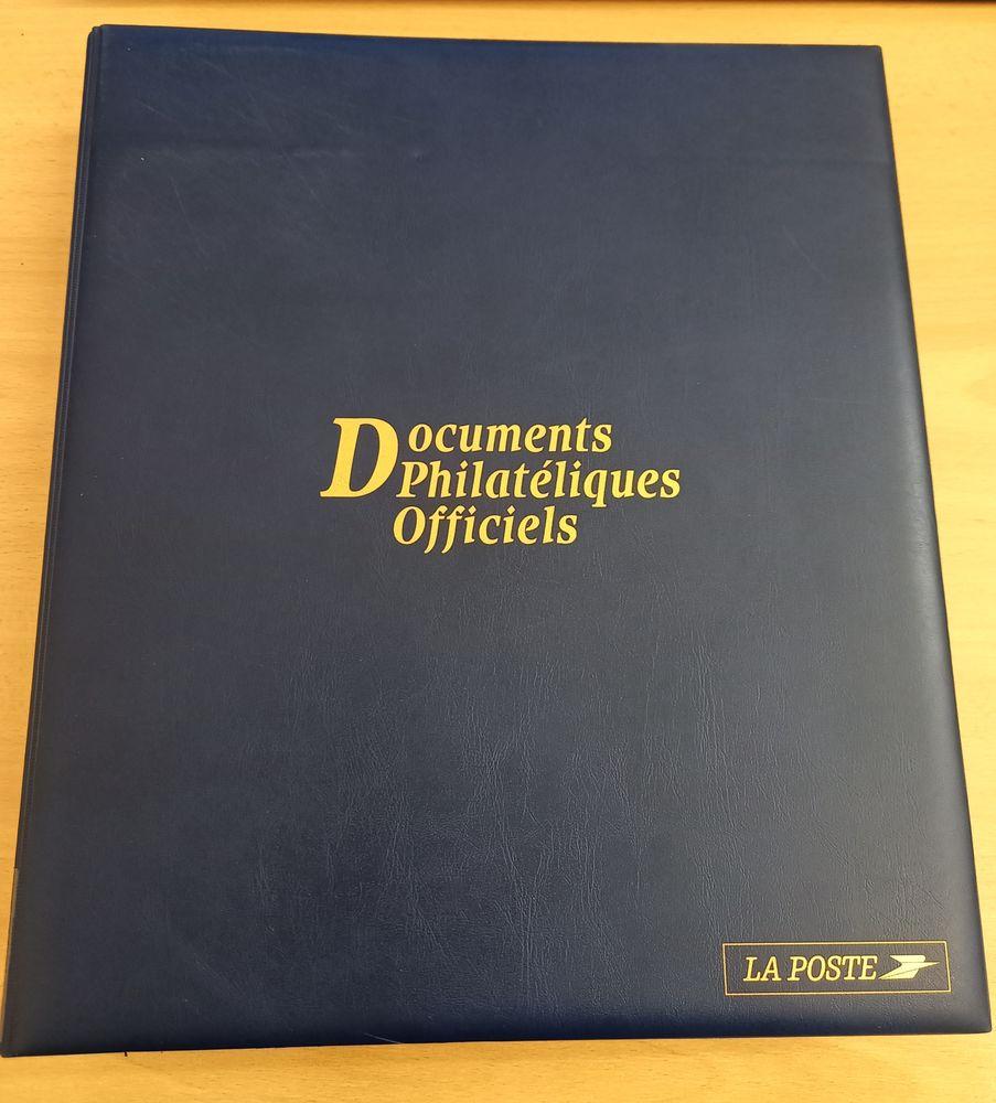 Album de documents philatéliques officiels année 2001 25 Grenoble (38)