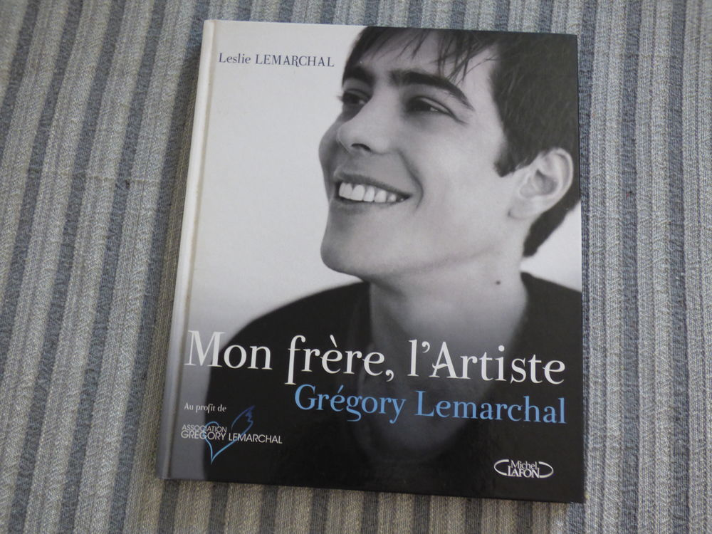 Album photos Grégory Lemarchal Livres et BD