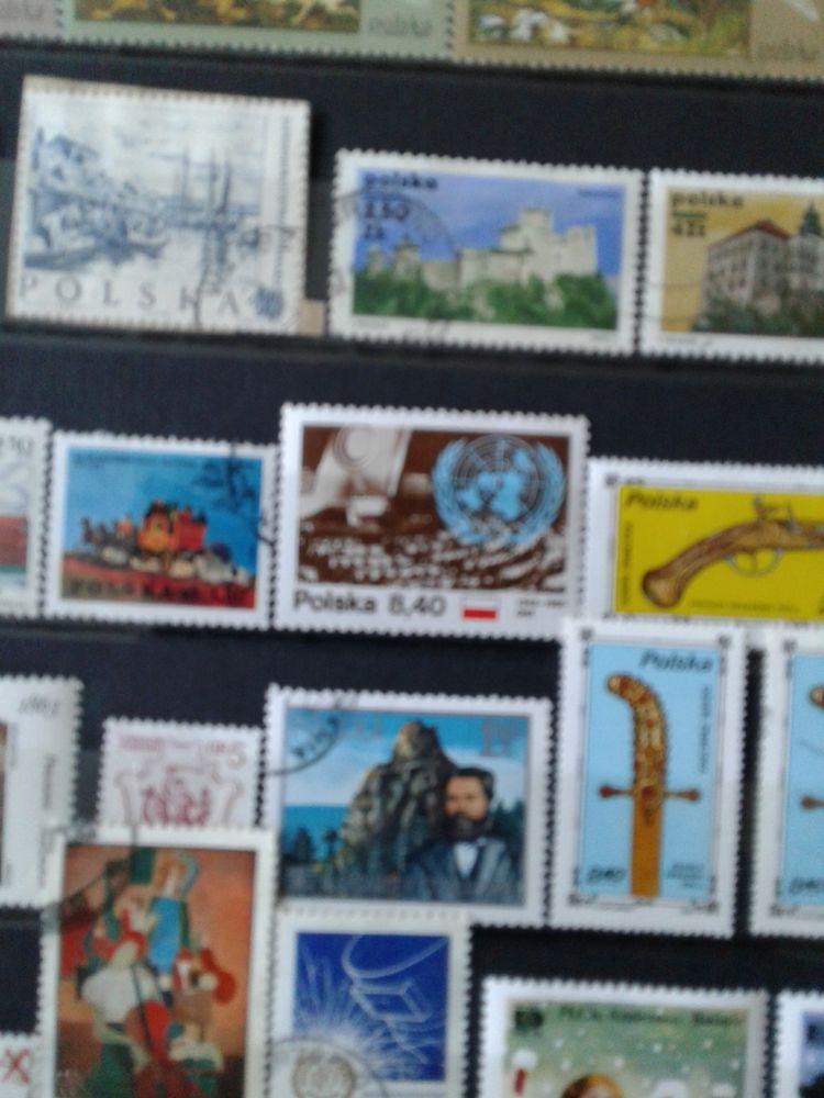 2 albums  de timbres 0 Tourcoing (59)