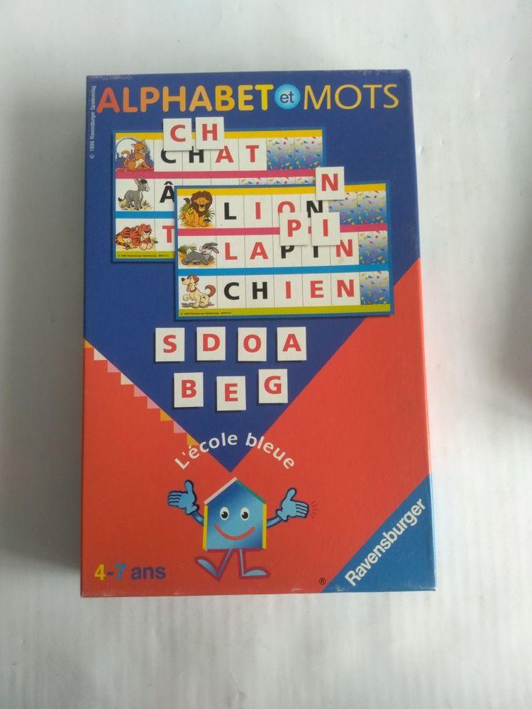 Alphabet et mots 8 Calais (62)