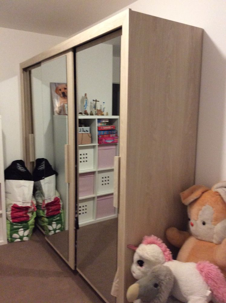 Amoire beige 3 portes miroirs 300 Athis-Mons (91)