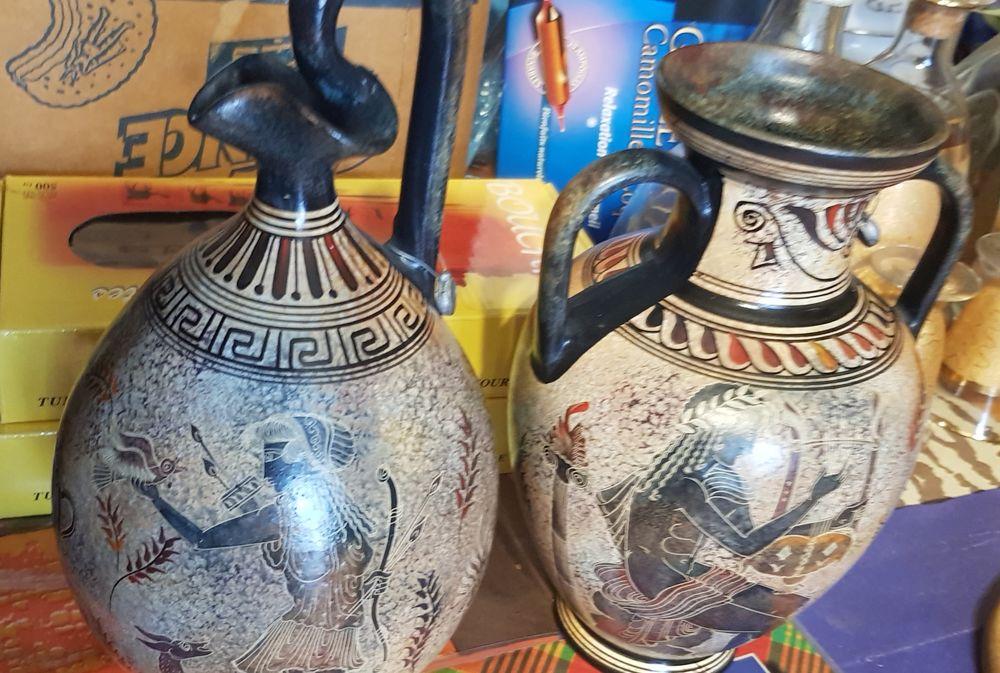 Amphore grec en céramique  50 Sarcelles (95)