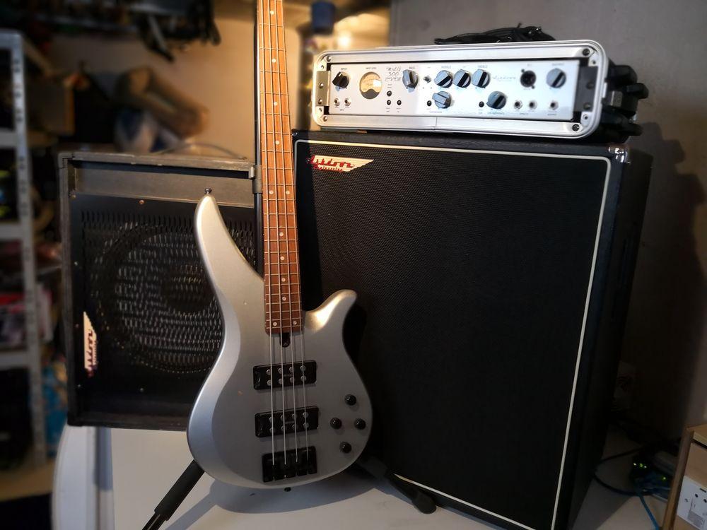 Ampli et 2 x HP Bass Ashdown, Guitar bass Yamaha  400 Mont-Saxonnex (74)