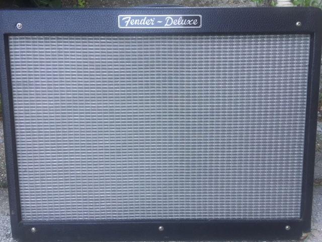 ampli a lampes Fender Hot Rod deluxe 40W 400 St Roman De Bellet (06)