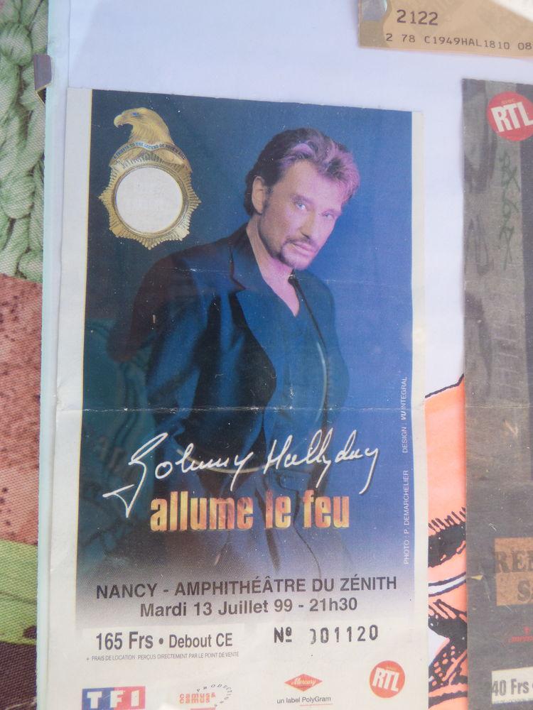 Ancien billets concert johnny hallyday  60 Saint-Étienne-lès-Remiremont (88)