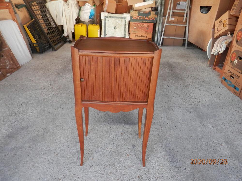 Ancien chevet table de nuit porte a rideau 160 Razac-sur-l'Isle (24)