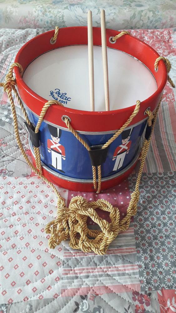Ancien jouet/tambour VILAC DEPUIS 1911. 12 Flers-en-Escrebieux (59)