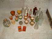 Ancien mini pots de fleurs et ancienne bouteilles 0 Varades (44)