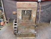 ancien moteur bernard , type k2 des années 1930 a magneto 150 Beaune (21)