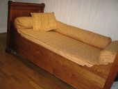 lit ancien à rouleau droit  100 Saran (45)